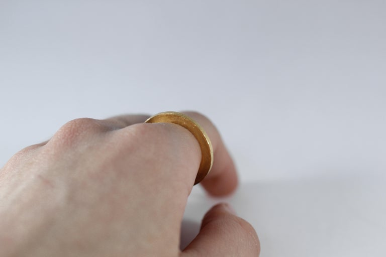 Round Cut Bridal Wedding Band Ring 18K Gold Modern for Man or Woman Stacking Design For Sale