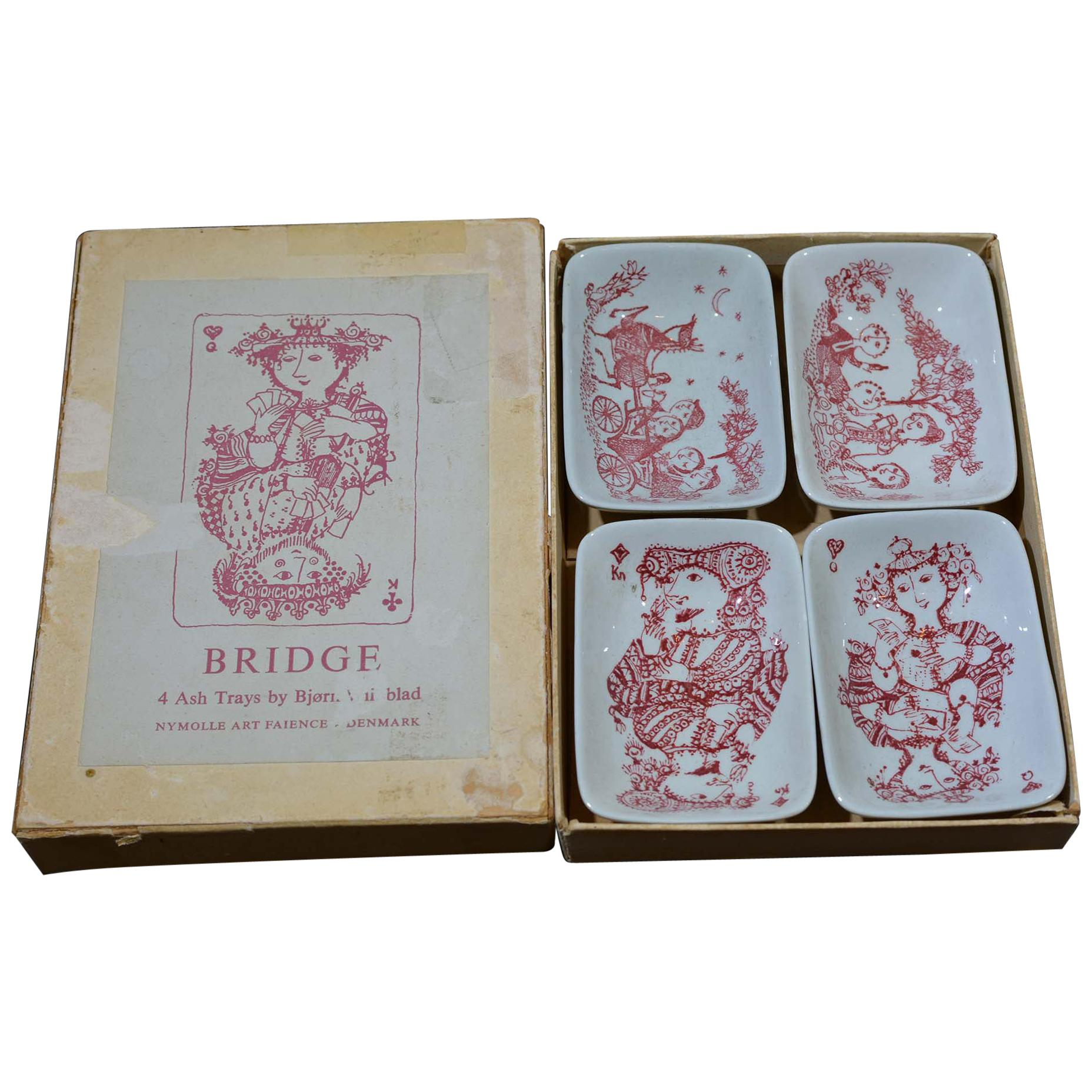 Antique and Vintage Ashtrays - 755 For Sale at 1stdibs