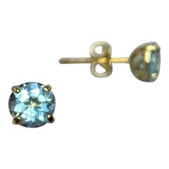 Bright Blue Topaz Round Diamond Cut 1.15 Carat 9 Karat Yellow Gold Earring Studs