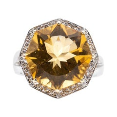 Bright Octagonal Citrine and Diamond 18 Carat White Gold Cocktail Ring