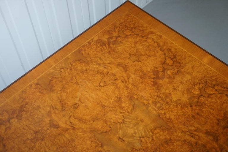 Brights of Nettlebed Burr Walnut Double Sided Four Drawer Coffee Table In Good Condition In London, GB