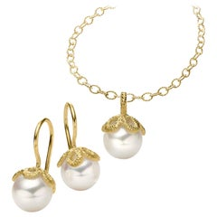 Brigitte Adolph 18 Karat Yellow Gold Freshwater Pearl Frau Luna Earrings