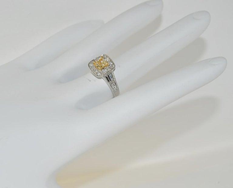 Emerald Cut Brilliant 1.27 Carat Diamond Ring in 18 Karat Gold For Sale