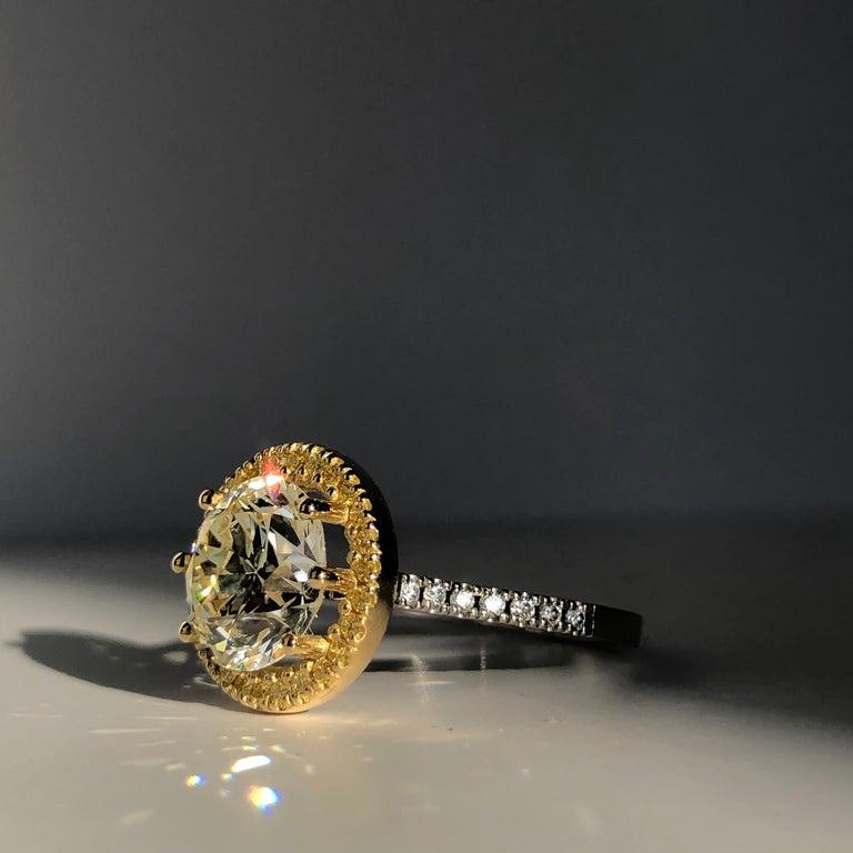 Brilliant Cut Diamond Solitaire Fancy Yellow Diamond Halo 18 Karat 4.00 Carat A For Sale 9