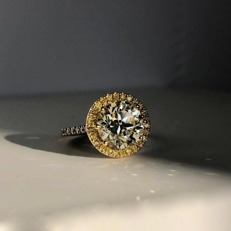 Brilliant Cut Diamond Solitaire Fancy Yellow Diamond Halo 18 Karat 4.00 Carat A For Sale 11