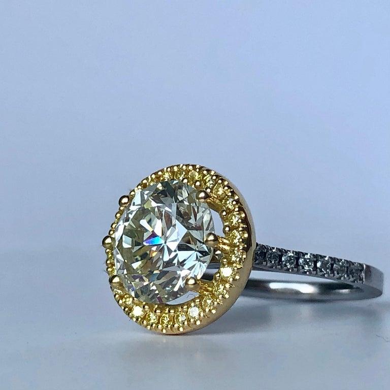 Modern Brilliant Cut Diamond Solitaire Fancy Yellow Diamond Halo 18 Karat 4.00 Carat A For Sale