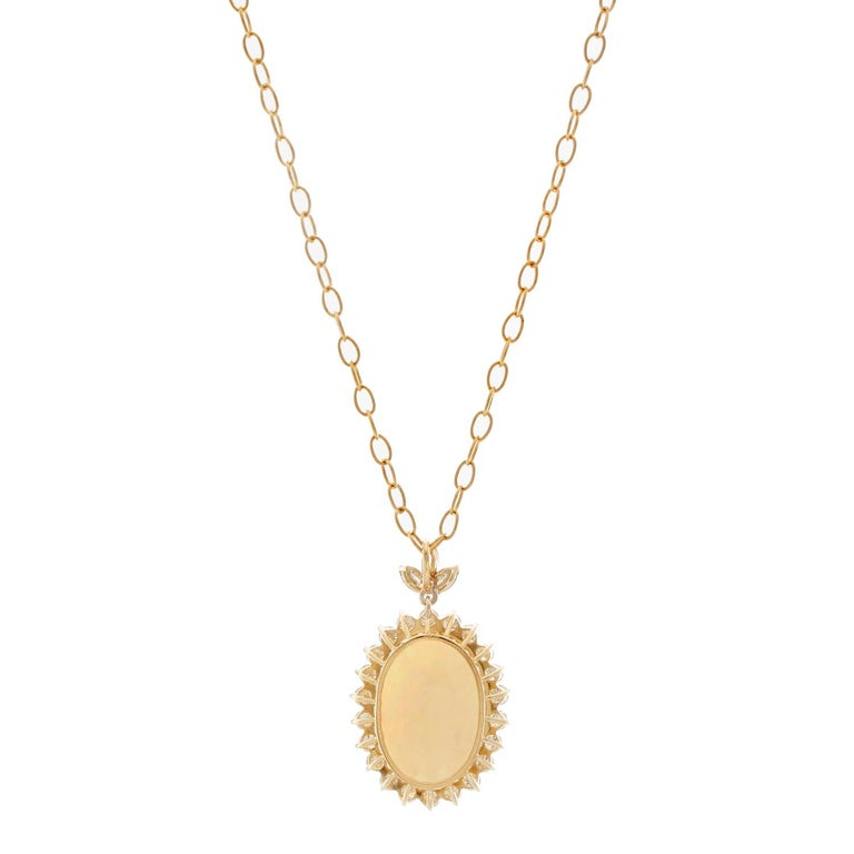 Brilliant Opal and Diamond Yellow Gold Pendant and Necklace In Excellent Condition For Sale In Dallas, TX