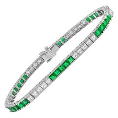 Brilliant Platinum 3.92 Carat Green Emerald and Diamond Bracelet