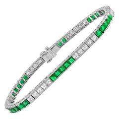 Brilliant Platinum 3.92 Carat Green Emerald and Diamond Bracelet