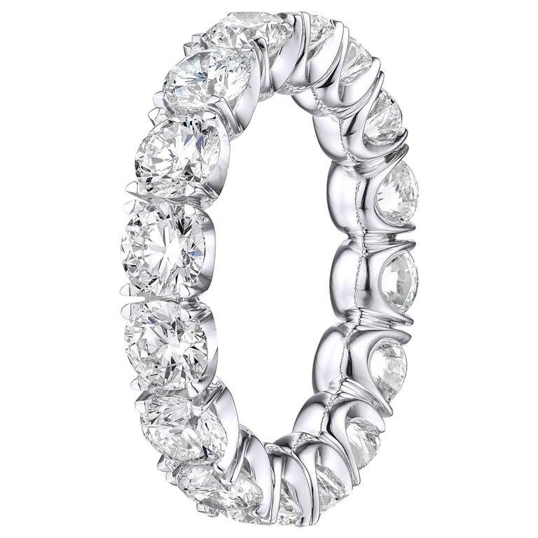 Brilliant Round 4.45 Carat Diamond Wedding Eternity Band Set in Platinum For Sale