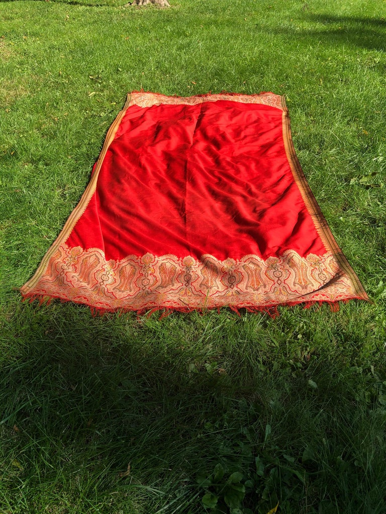 Woven Brilliant Tomato Red Wool Kashmiri Paisley Bordered Throw For Sale