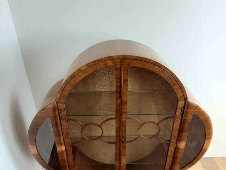 20th Century British Art Deco Display Cabinet Bookcase in Walnut For Sale