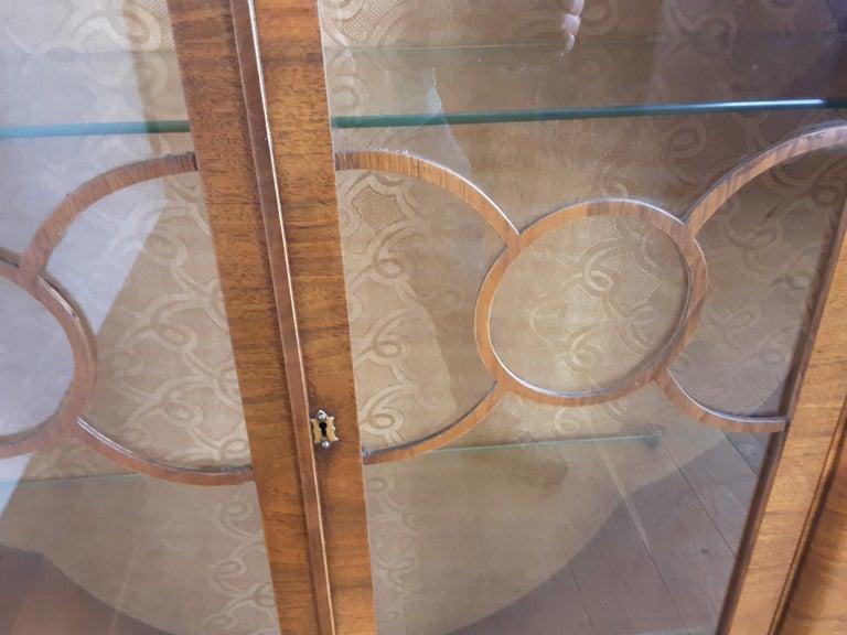 British Art Deco Display Cabinet Bookcase in Walnut For Sale 4