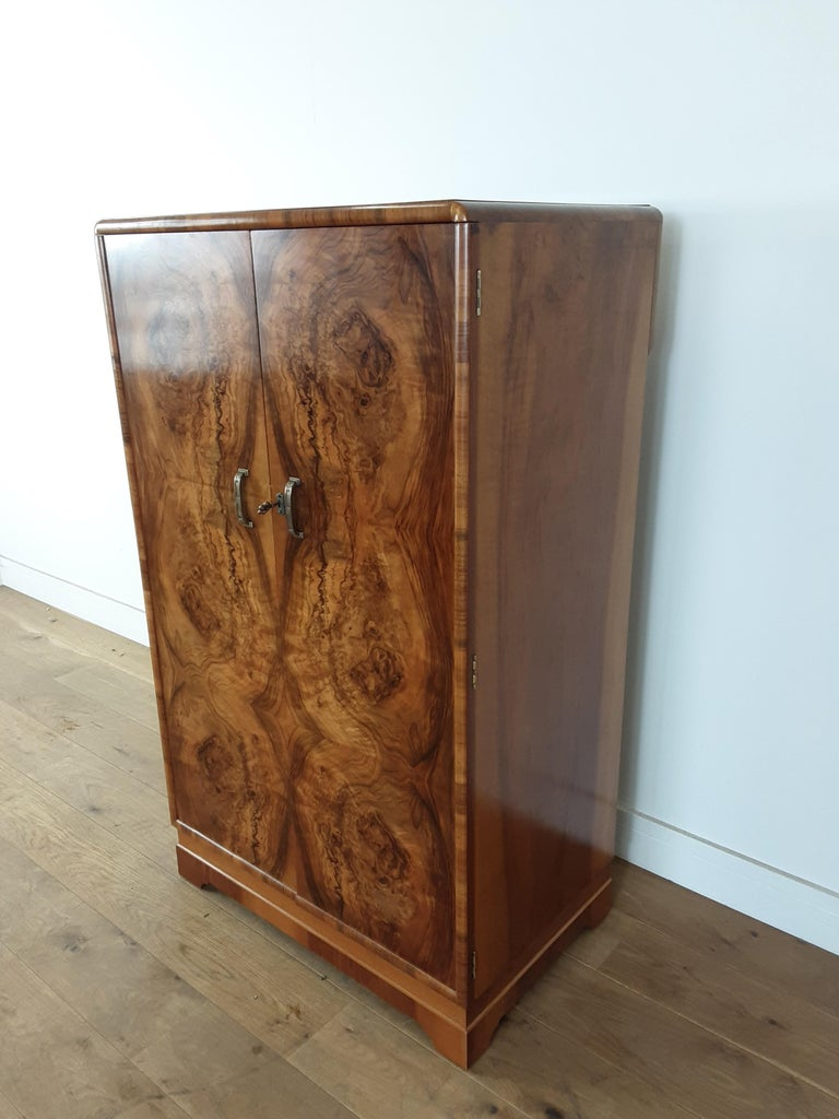 British Art Deco Figured Walnut Fitted Tallboy For Sale 1