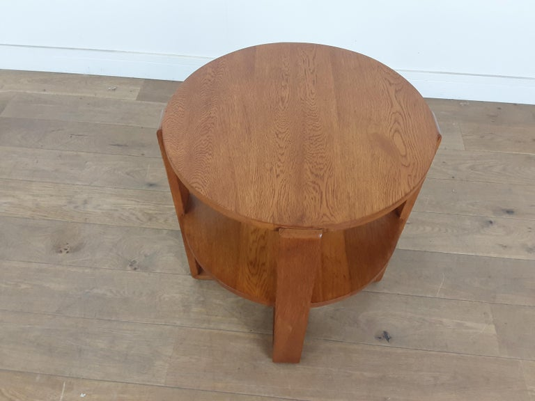 British Art Deco Side Table in Golden Oak For Sale 1