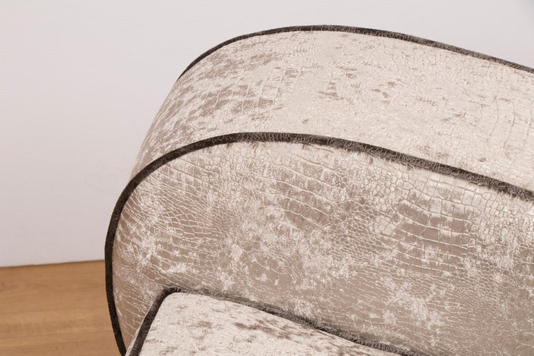 British Art Deco Sofa Newly Upholstered in a Silver Snakeskin Style Fabric For Sale 7