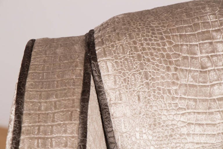 British Art Deco Sofa Newly Upholstered in a Silver Snakeskin Style Fabric For Sale 5