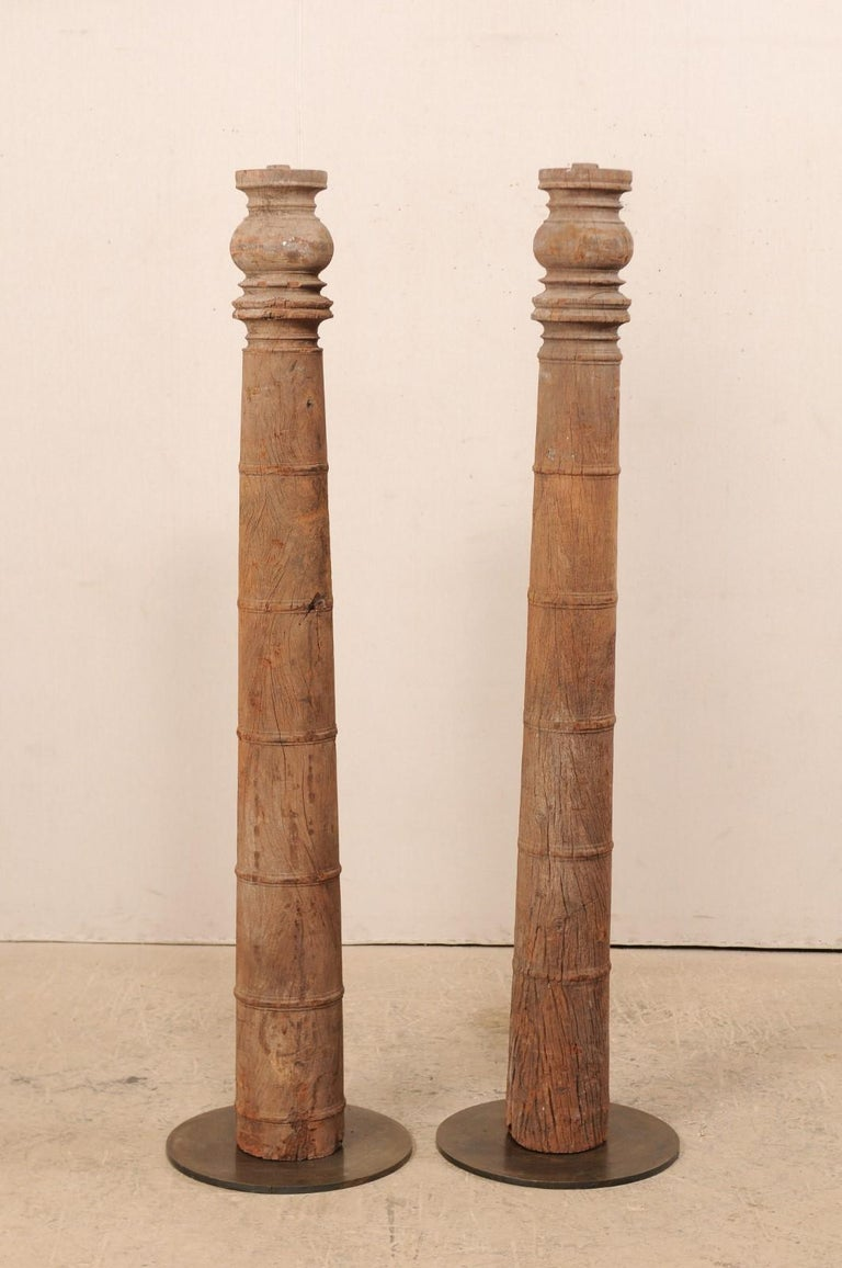 British Colonial 19th Century Carved Wood Columns In Good Condition For Sale In Atlanta, GA