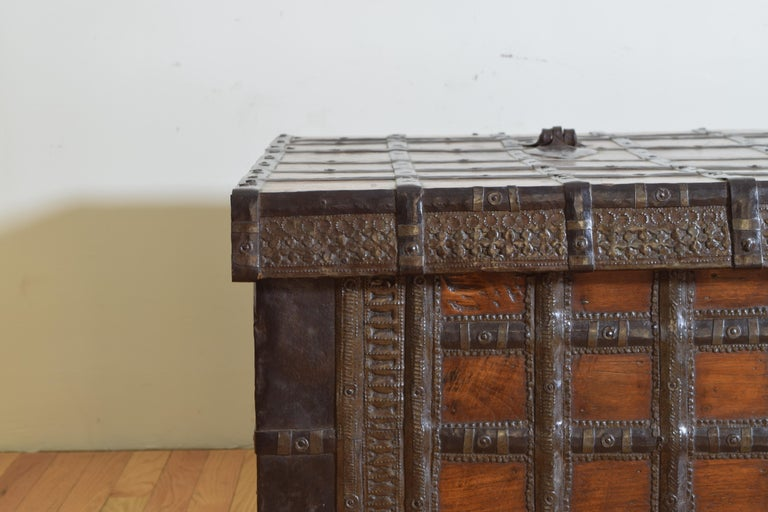 British Colonial Indian Large Teak and Iron-Bound Haveli Trunk, circa 1860 For Sale 6