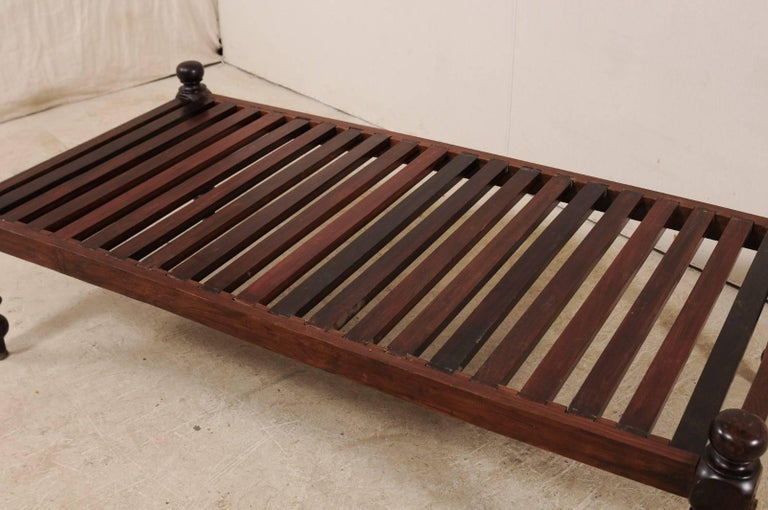 British Colonial Midcentury Slat Wood Daybed from India with Turned Legs For Sale 2
