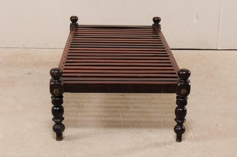 British Colonial Midcentury Slat Wood Daybed from India with Turned Legs For Sale 3