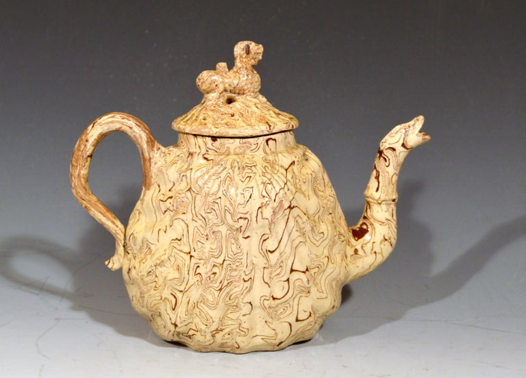 18th Century British Pottery Solid Agate Pecten Shell Teapot and Cover, circa 1755-1760 For Sale