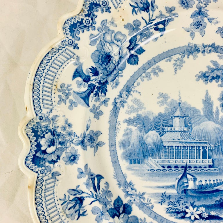 British Theme 'Royal Sketches' Blue on White Transferware Dinner Plates, Set/6 In Good Condition For Sale In Philadelphia, PA