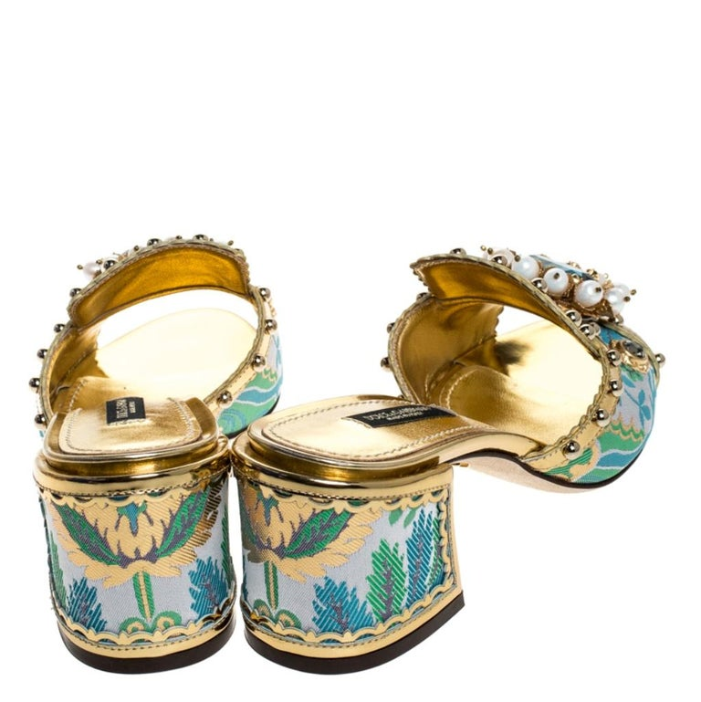 Women's Brocade Patent Leather Trim Crystal Embellished Open Toe Sandals Size 36 For Sale
