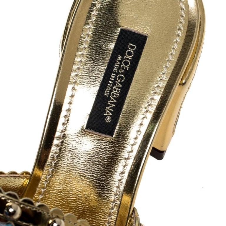 Brocade Patent Leather Trim Crystal Embellished Open Toe Sandals Size 36 For Sale 2