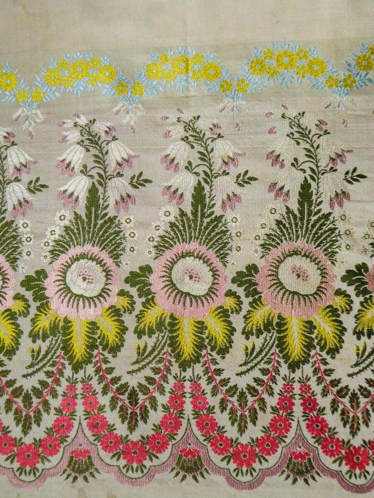Brocaded Silk Scarf - Spitalfield Manufacture England around 1820 For Sale 5