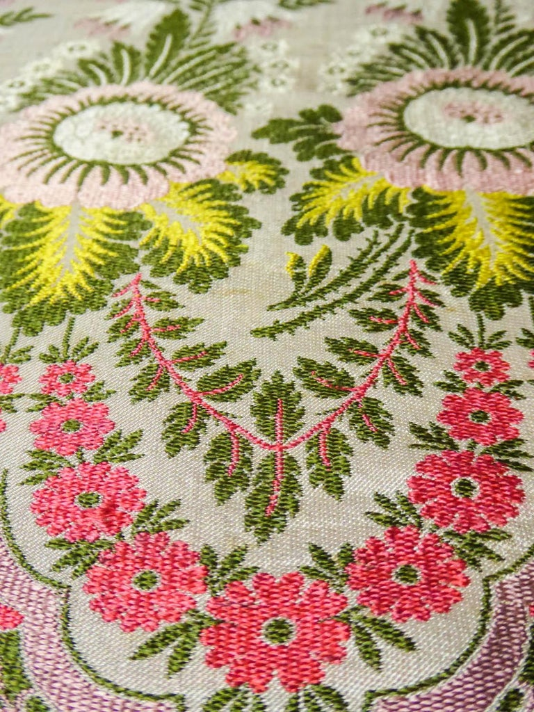 Brocaded Silk Scarf - Spitalfield Manufacture England around 1820 For Sale 8