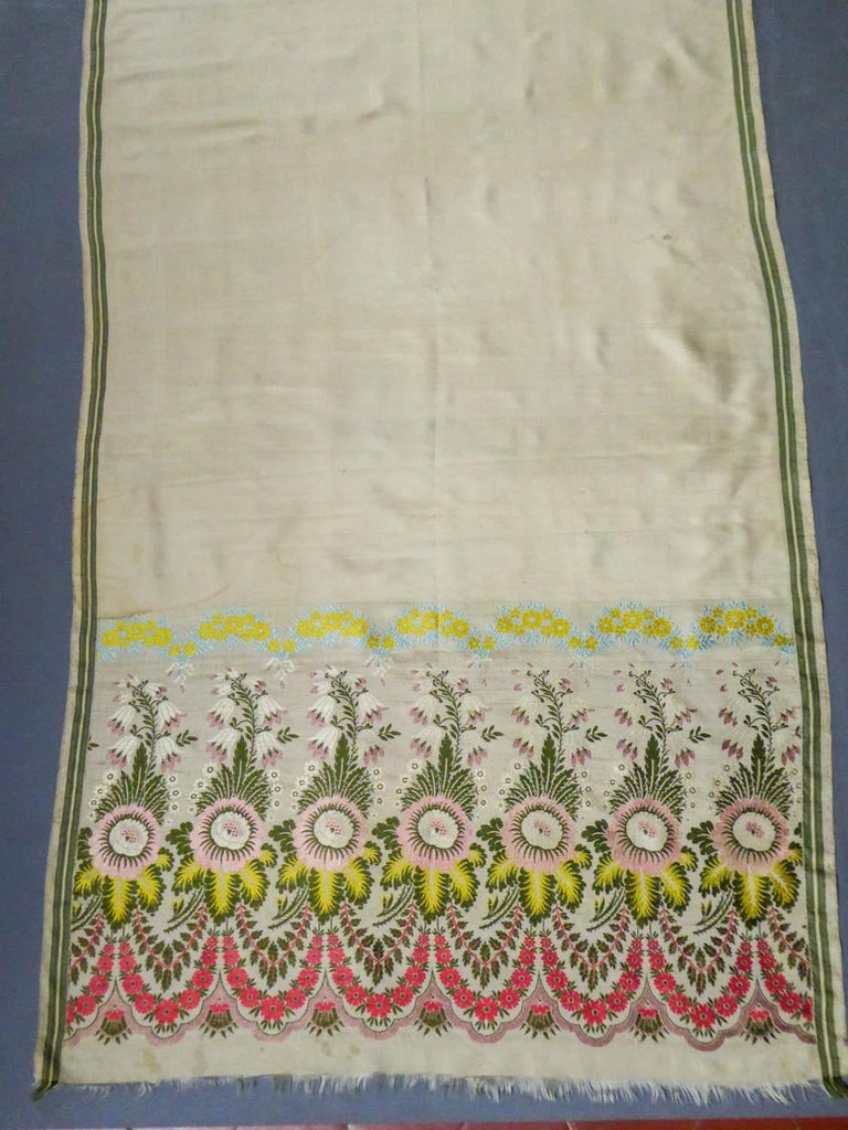 Women's or Men's Brocaded Silk Scarf - Spitalfield Manufacture England around 1820 For Sale