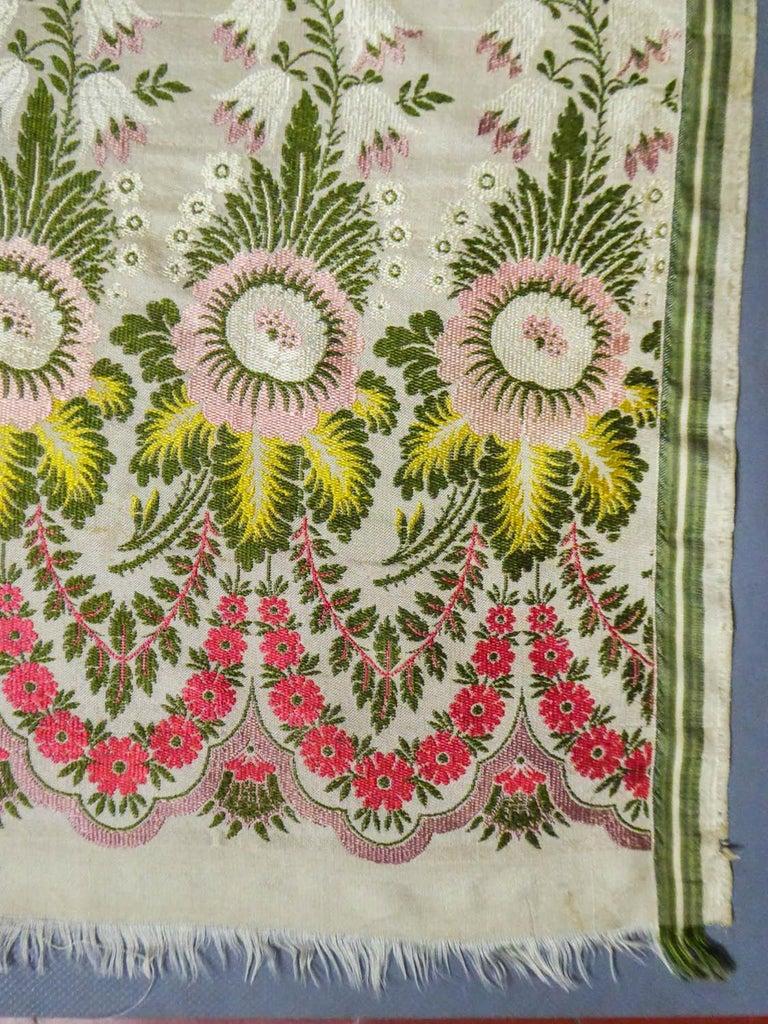 Brocaded Silk Scarf - Spitalfield Manufacture England around 1820 For Sale 3