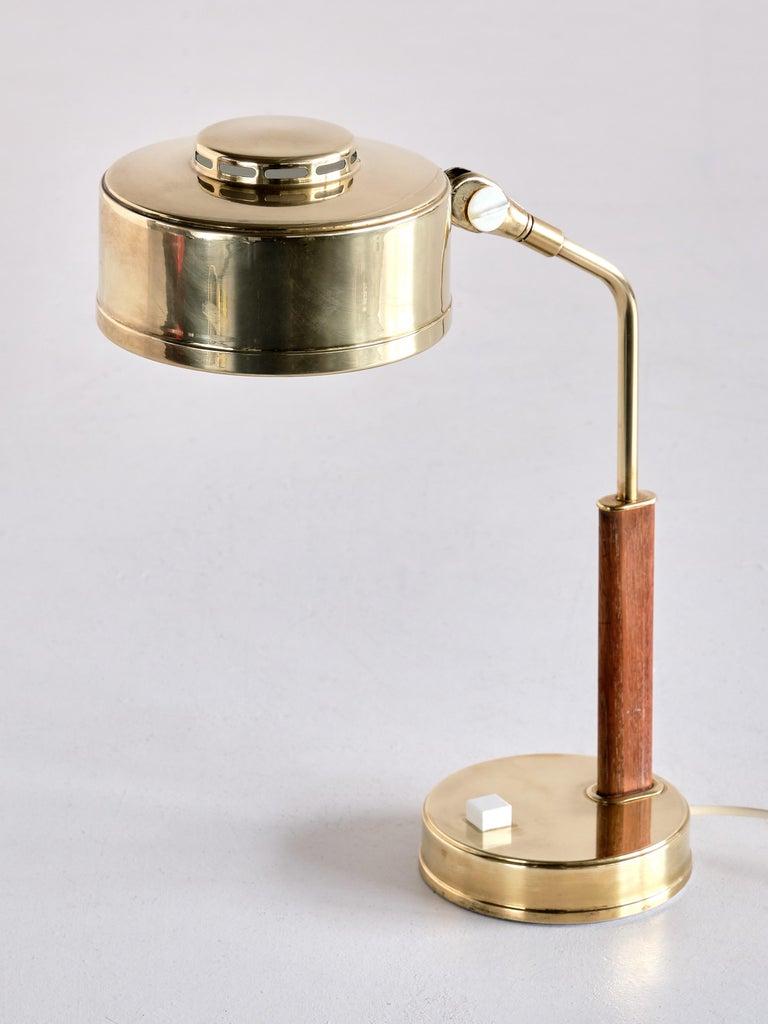 Bröderna Johansson Desk Lamp in Brass and Teak, Skellefteå, Sweden, 1950s For Sale 1