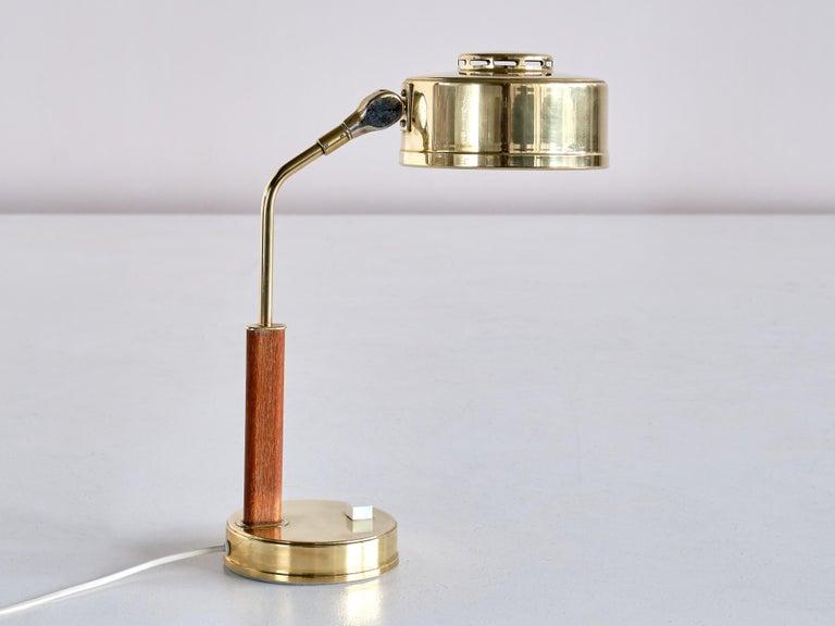 Bröderna Johansson Desk Lamp in Brass and Teak, Skellefteå, Sweden, 1950s For Sale 2