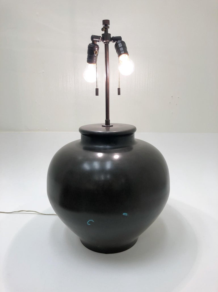 Bronze Ming Base Table Lamp by Karl Springer For Sale 4