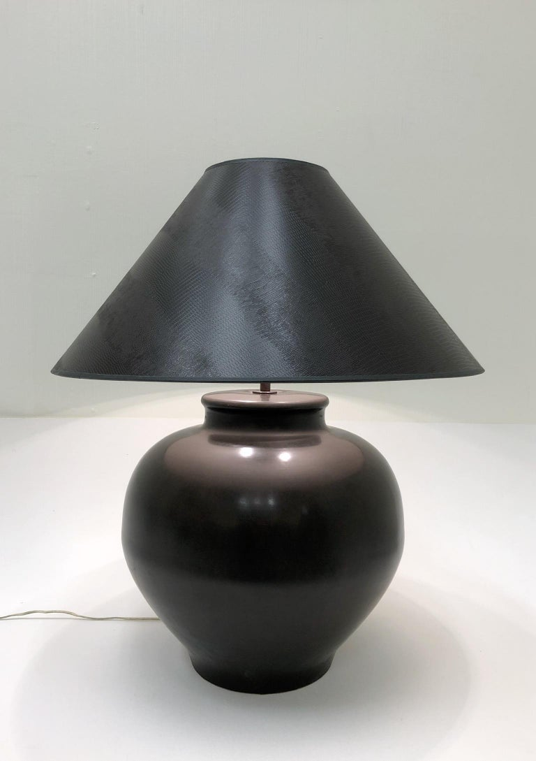 Bronze Ming Base Table Lamp by Karl Springer For Sale 1