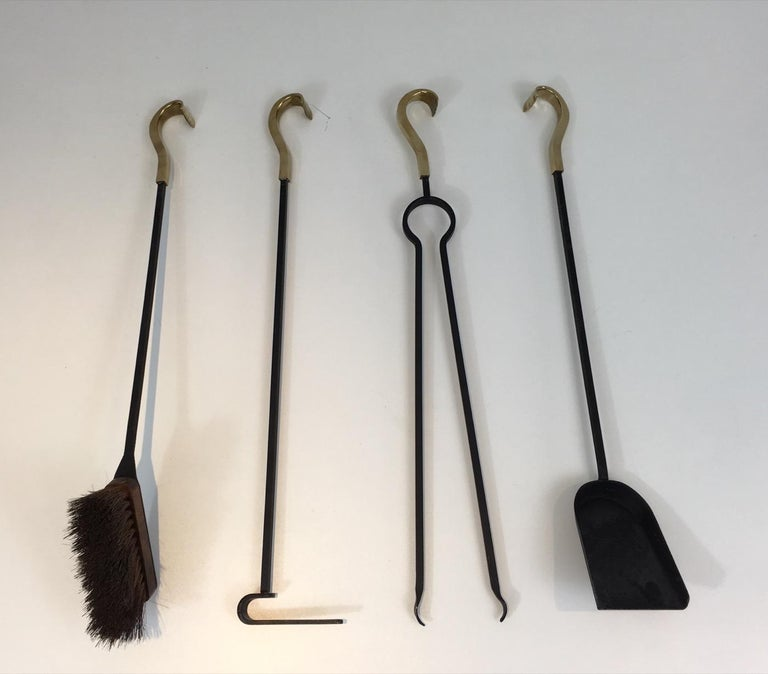 Bronze and Iron Fire Place Tools, French, circa 1970 In Good Condition For Sale In Marcq-en-Baroeul, FR