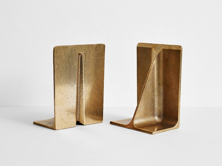 Bronze Bookends by Henry Wilson In New Condition In Geneve, CH