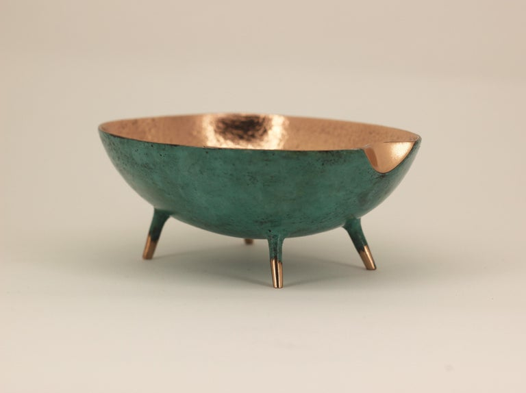Bronze Bowl with Legs, Vide-Poche In New Condition For Sale In London, GB