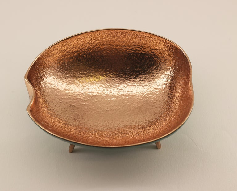 Bronze Bowl with Legs, Vide-Poche For Sale 1