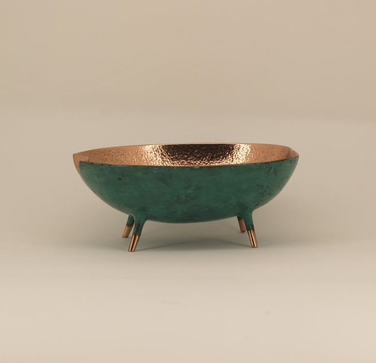 Bronze Bowl with Legs, Vide-Poche For Sale 2