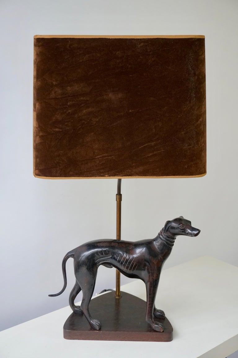 Bronze Dog Sculpture Table Lamp In Good Condition For Sale In Antwerp, BE