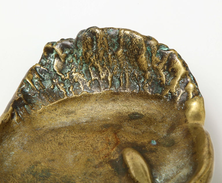 Bronze Face Dish, France, circa 1960s In Good Condition For Sale In New York City, NY