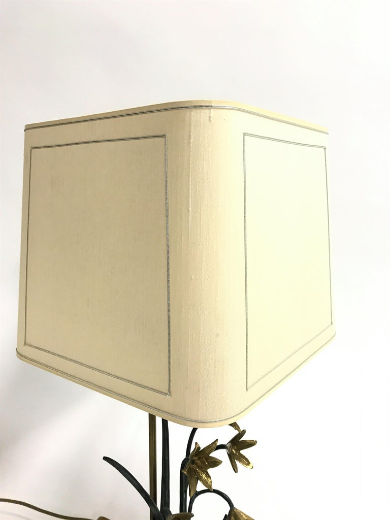 Late 20th Century Bronze Flower Table Lamp, 1970s For Sale