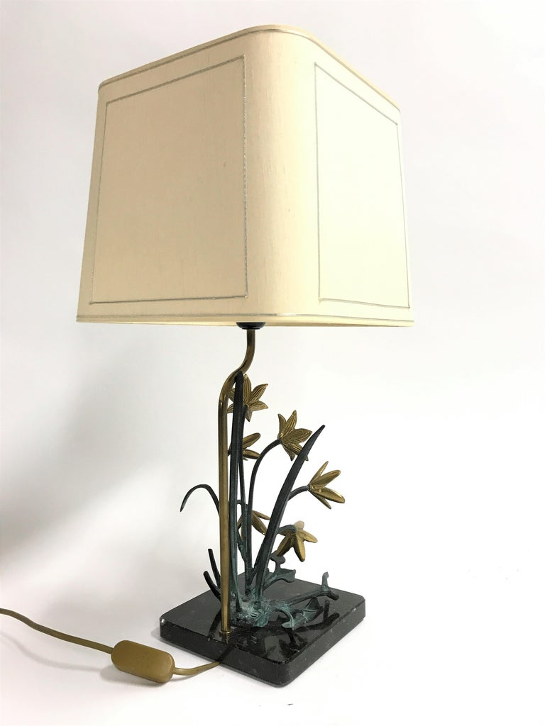 Bronze Flower Table Lamp, 1970s For Sale 1