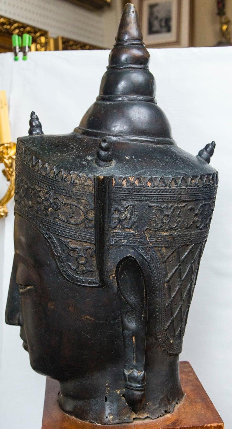 Thai Bronze Head of a Buddha For Sale
