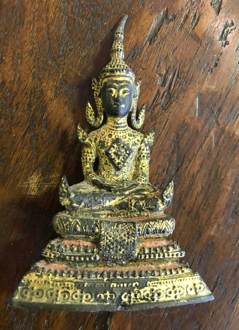 Bronze, Lacquer and Gilt Seated Ratanakosin Thai/ Siam Buddha In Good Condition For Sale In Studio City, CA