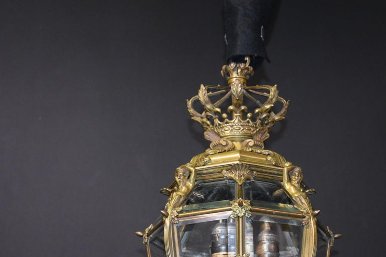 Bronze Lantern with Hand Beveled Crystal Panels In Good Condition For Sale In Atlanta, GA