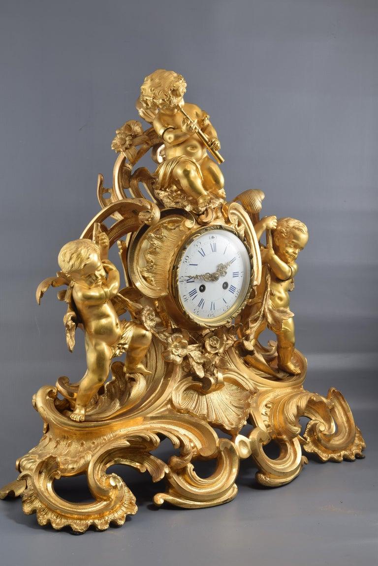 Bronze Mantel Clock, 19th Century In Good Condition In Madrid, ES
